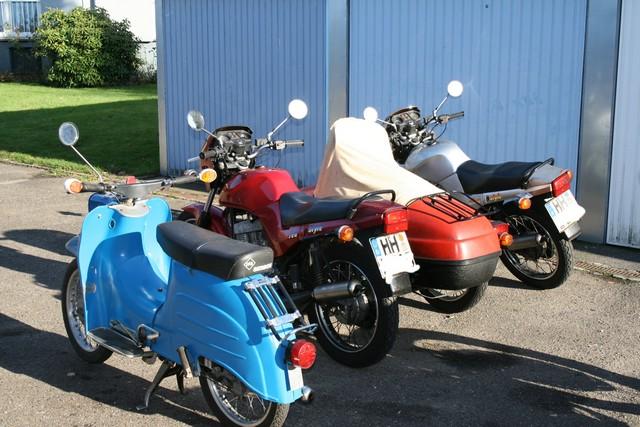 Mopeds_01.jpg